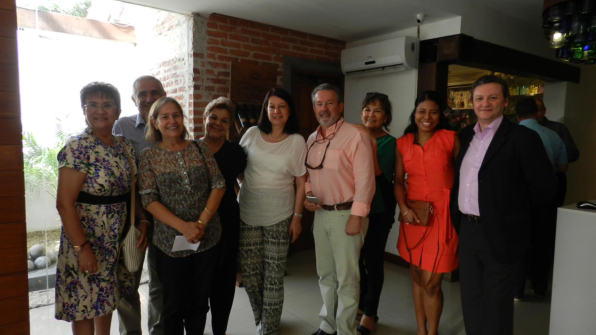 Embajadora Edith Andrade se reunió con la comunidad colombiana residente en la ciudad de Santa Cruz de la Sierra